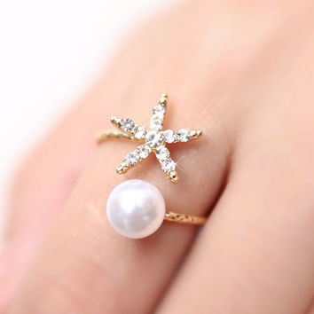 Starfish & Pearl Gold Ring