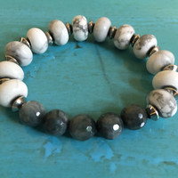 Gray Hawks Eye and Howlite Beaded Bracelet With Stainless Steel/White and Gray