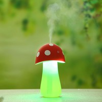 Mini USB Ultrasonic Humidifier Mushrooms Humidifier with LED Lighting Cr...
