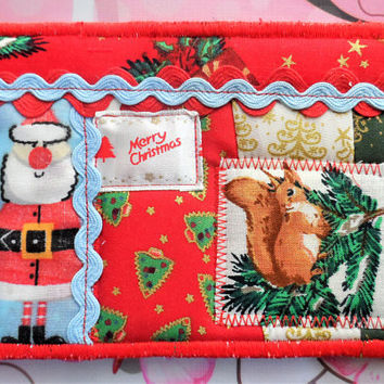 Quilted Fabric Postcard Santa - Christmas Fabric Postcard - Handmade Fabric Postcard - Holiday Fabric Postcard -Seasons Fabric Postcard