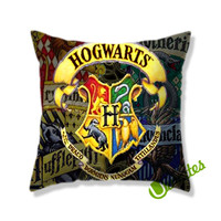 Hoghwarts School Square Pillow Cover