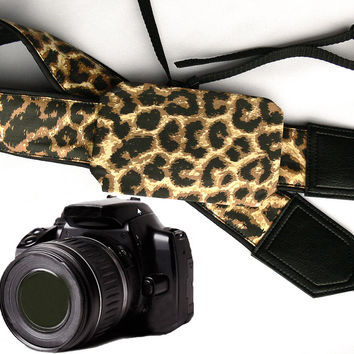 Camera Strap with Pocket. Jaguar camera strap. Leopard camera strap.. Camera accessories. Photo accessories.