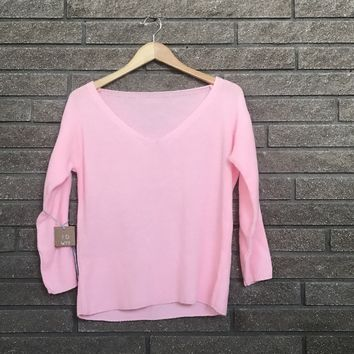 Generic Women's Pink V-Neck Sweater