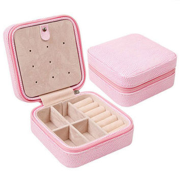 Portable Jewelry Box 2016 Hot Fashion Women PU Leather Necklace Earring Holder Jewelry Display Boxes