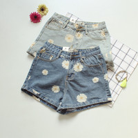 Tall waist flower printed denim shorts