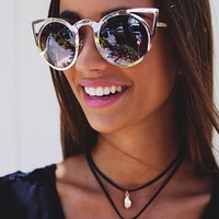 Quay Eyeware Invader Sunglasses in Gold