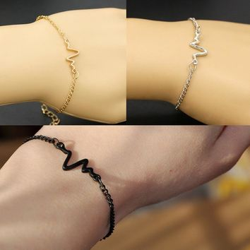 Charming Heartbeat Rhythm Chain Bracelet With Dangling