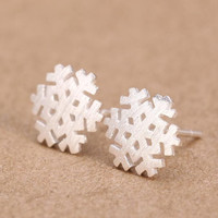 925 Sterling Silver Brushed Snowflake Stud Earrings for  Engaget Gift SYED077