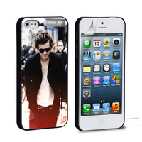 Harry Styles 2 iPhone 4 5 6 Samsung Galaxy S3 4 5 iPod Touch 4 5 HTC One M7 8 Case