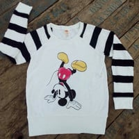 Mickey mouse Acrobatic sweatshirt vintage design famous cartun