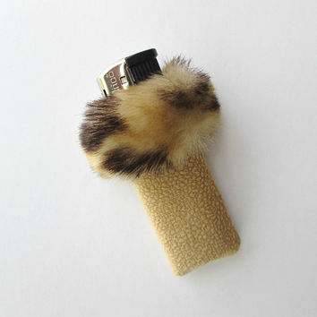 Elegant Unique Womens Lighter Case, Furry Cigarette Lighter Cover, Leopard Print Faux Fur, 90s Bic Lighter Holder, Women Smoking Accessories