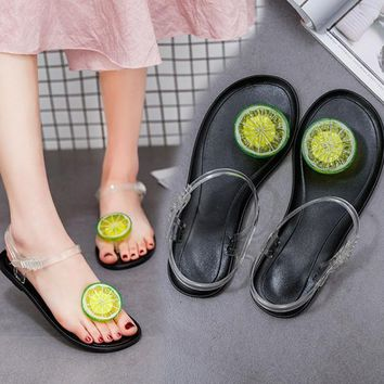 2017 New Summer PVC Fruit Jelly Flat Shoes Casual Beach Clear Crystal Classic Buckle Strap Sandals Strawberry Lemon Women Shoes