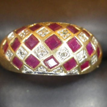 Vintage 9ct Yellow Gold Diamond & Ruby Signet Gypsy Ring