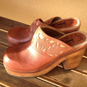 Chunky Heels Clogs Shoes, Leather Wooden Clogs, Bongo Clogs, Size 8 Brown Clogs, Ladies Size 8 shoes,Wood Heel Slip on Leather Chunky Shoes