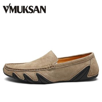 VMUKSAN Hot Sale Men Shoes Fashion Breathable Casual Mens Winter Shoes Pig Suede Leather Male Loafers