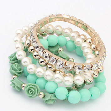 2016 Newest Fashion Women Multi-Layer 5pcs Strand Crystal Imitation Pearls Gold Plated Bracelets Summer Women Party Leisure