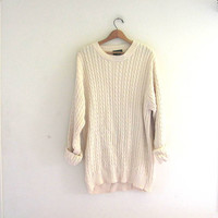 vintage off white cable knit sweater // vintage oversized knit sweater // size L tall