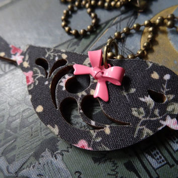 1- Floral Bird Necklace Wooden Floral Fabric Covered Bird Charm with Pink Bow Necklace Finished Necklace Inv0073