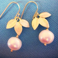 Triple Leaf and Pearl Earrings, Bridesmaids Jewelry, Bridal Jewelry