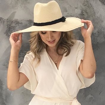 Catch Some Rays Floppy Hat in Natural