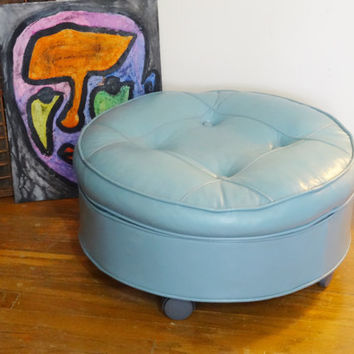 Vintage Round Pillow Top Ottoman Tufted Blue Hassock with Wheels/Casters
