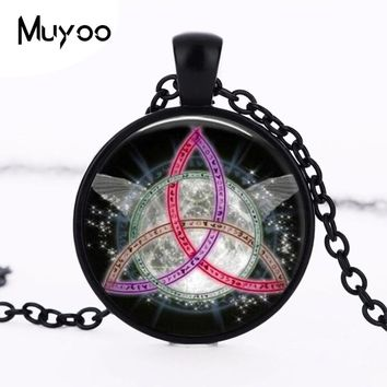 Colorful Pentagram Wicca Pendant Necklace Charms Wiccan Jewelry Occult Personality Necklaces Pendants Fashion Necklace HZ1