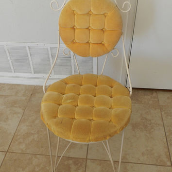 Cute vintage yellow tufted vanity chair
