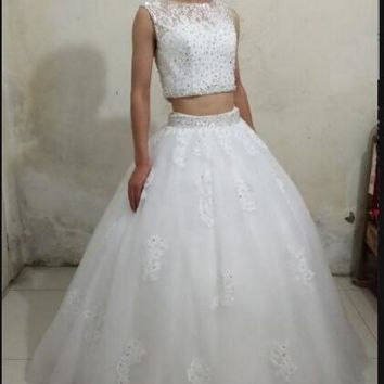 2017 real picture white lace two piece wedding dresses ball gown sleeveless sheer back sexy beaded bride gowns hot sale