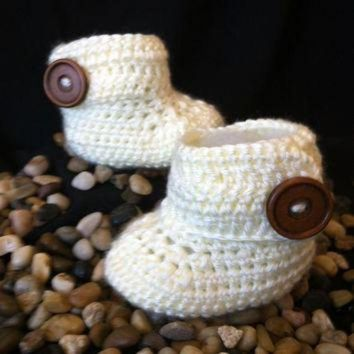 DCCK8X2 Baby ugg boots