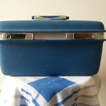 Vintage Samsonite Saturn Train Case - Medium Blue