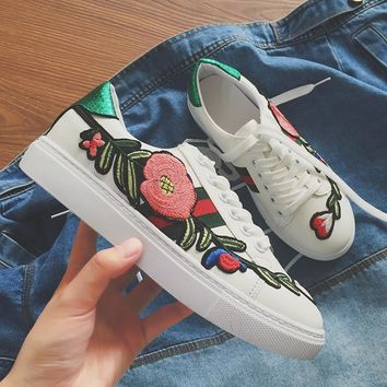 Sports Floral Flat Casual Summer Embroidery Shoes [11913459667]