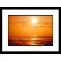 Great American Picture Couple Walking During Sunset Framed Photograph - IS852948 - All Wall Art - Wall Art & Coverings - Decor