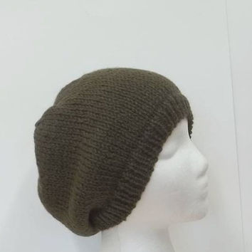 Olive green wool knitted beanie hat   4989