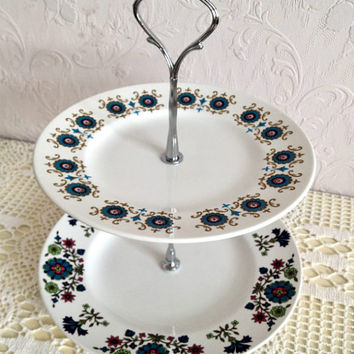 Ridgway Contessa and Midwinter Retro two tier cake stand, perfect for afternoon tea parties and weddings. VBB189