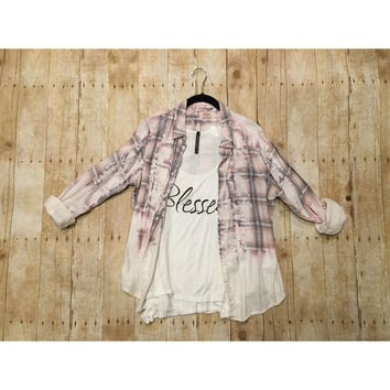 Small Distressed Button Up