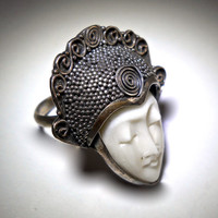 Carved Bone Goddess Face Ring Bali-Style, Sterling Silver, Vintage sz 5-1/4