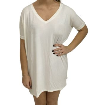 Off White Piko Tunic V-Neck Short Sleeve Top