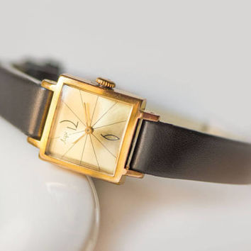 Square women's watch Ray, gold plated woman watch, retro wristwatch, feminine watch, simple watch, gift watch her, premium leather strap new