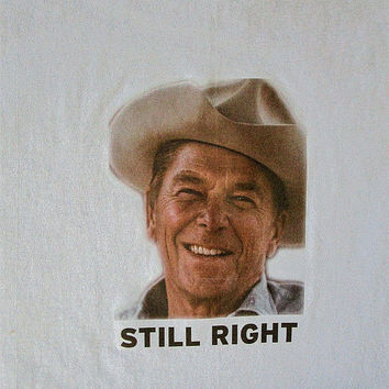 Vintage RONALD REAGAN Still RIGHT Political Iron On T Shirt Sz S