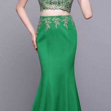 Fashion Two Piece Green Scoop Neck Mermaid Long Prom Dresses Sleeveless Appliques Beading Floor Length Prom Dress