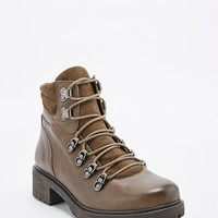 Deena & Ozzy Trip Hiking Boot in Khaki - Urban Outfitters