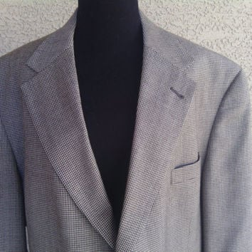 Tommy Hilfiger46L for Dillard's men's suit coat/ jacket/ blazer in 46 Long / 3 button front/4 button cuff/ wool blend . tweed