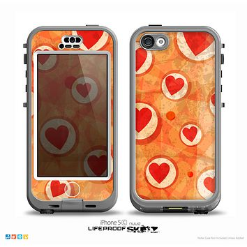 The Vintage Subtle Red and Orange Hearts Skin for the iPhone 5c nüüd LifeProof Case