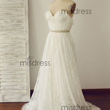 Strapless Sweetheart Vintage Beach Boho Lace Wedding Dress Bridal Gown with Champagne Sash