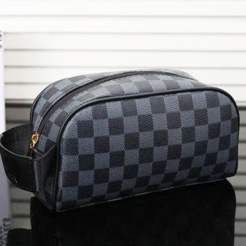 LV Louis Vuitton Women's Fashion Shopping Cosmetic Bag F/A Black Plaid