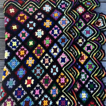 Vintage Granny Square Afghan Crochet Lap Throw Colorful Black Scallop Edge Blanket 45 x 70 Inches