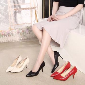 2020 New Arrivals LV Louis Vuitton Women Trending Leather Black red pink white High Heel Shoes Best Quality