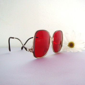vintage 1960s 70s Swank hot pink sunglasses by BabesinVintageland