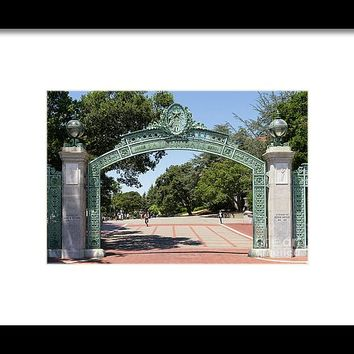 University Of California Berkeley Historic Sather Gate Dsc4072 Framed Print