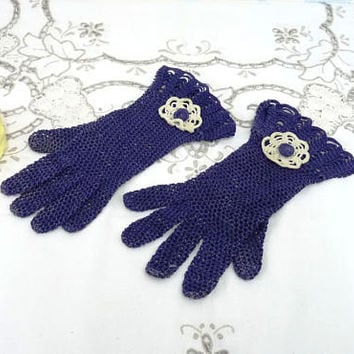 Vintage Crocheted Gloves, Navy Blue and White, Small Size, Petite Gloves, Handmade, Upcycling, Wedding, Mother of the Bride, Handcrafted